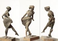 Танцующая девушка, 27 см, пластилин